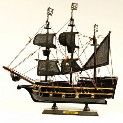 Πειρατικό καράβι THE BLACK PIC